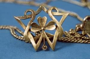 Détail d'un collier © EDF Copyright - Droits réservés