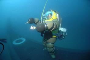 Le scaphandre NEWTSUIT © Marine Nationale