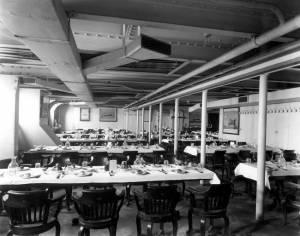 La salle à manger de 3e classe à bord de l'Olympic © Collection « Titanic The Ship Magnificent »