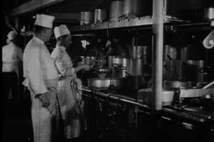Cuisiniers à bord de l'Olympic © Collection « Titanic The Ship Magnificent »