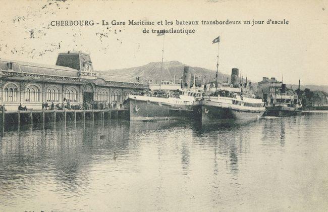 La Gare Maritime Transatlantique de Cherbourg et les transbordeurs dans les années 1910-1920 © Collection Jean Pivain