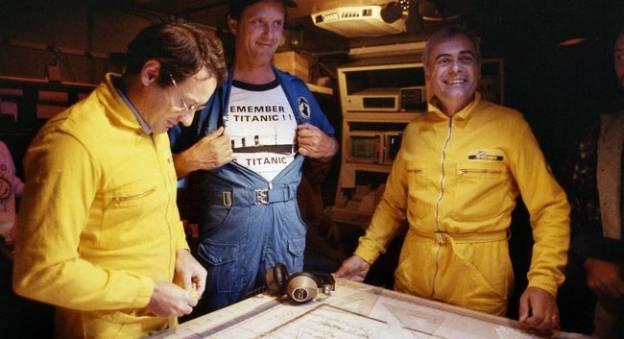 Une partie de l'équipe franco-américaine qui a localisé l'épave du Titanic le 1er septembre 1985