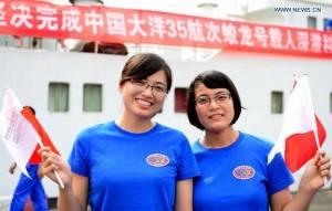 Les pilotes Zhang Yi et Zhao Shengya © Xinhua/Wei Peiquan