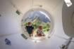 Ghislain et Emmanuelle Périé-Bardout et leurs équipes vont bientôt mettre à l'eau la capsule © Franck Gazzola / Under The Pole / Zeppelin Network
