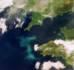 Observation satellitaire d'une efflorescence algale qui s'étend sur environ 420 km, depuis la côte de Wilford Haven au Pays de Galles (Royaume-Uni) jusqu'à une zone au large de Saint Guénolé en Bretagne (France). © ESA 2004