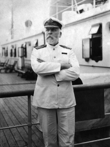 Edward John SMITH	- Commandant du Titanic