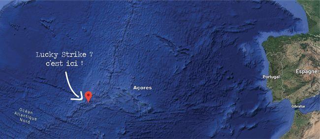 Le site de Lucky Strike se situe sur la dorsale Médio-Atlantique, à 1 700 mètres de profondeur