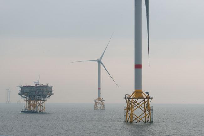 Futur parc d'éoliennes en mer Iles d'Yeu et de Noirmoutier ©EMYN