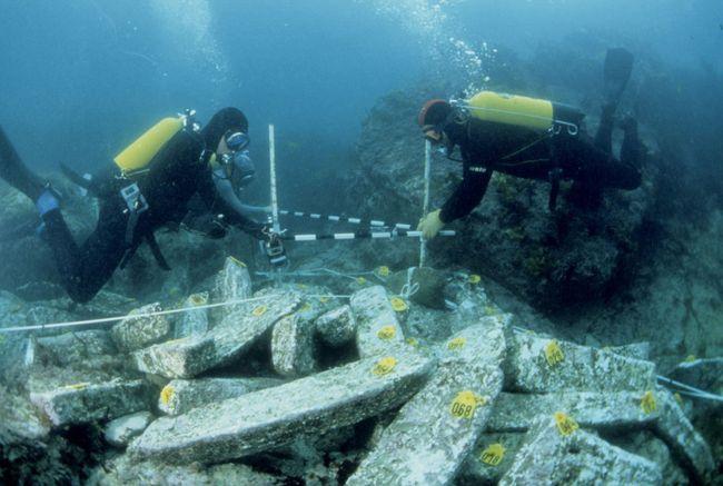 Fouilles archéologiques sur l'épave de Ploumanac'h © DRASSM