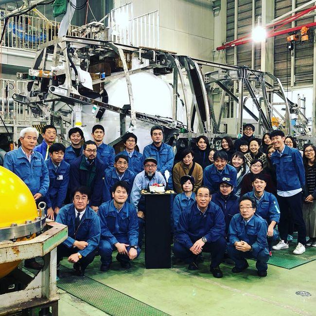 Les équipes du JAMSTEC ont fêté le 30e anniversaire du Shinkai 6500 © JAMSTEC