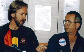 James Cameron avec Anatoly Sagalevich, responsable des sous-marins Mir lors du tournage de Titanic © Botanical Press/Paul T. Isley III 2009