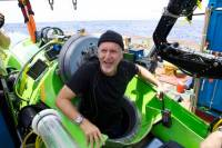 James Cameron et le DEEPSEA CHALLENGER © National Geographic/Mark Thiessen