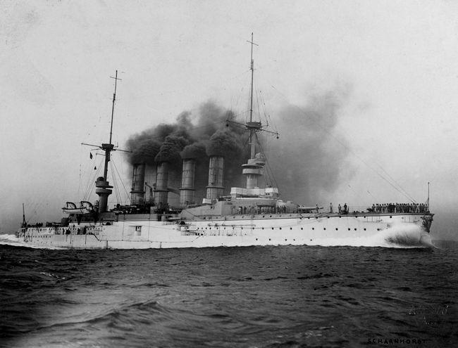 Le croiseur allemand Scharnhorst photographié en 1908 © Arthur Renard/U.S. Naval History and Heritage Command Photograph